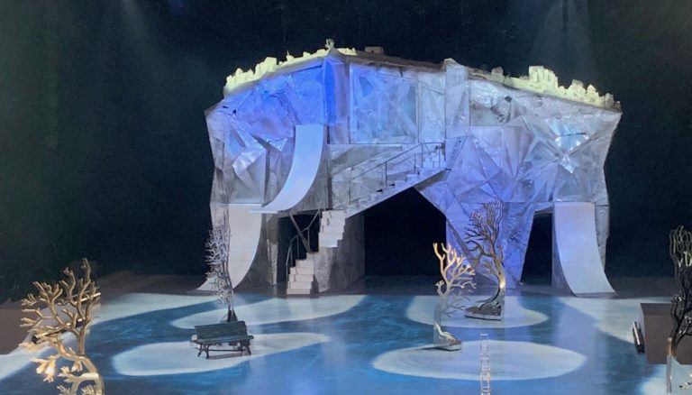 ice-america-portable-ice-skating-rink-cirque-du-soliel-crystal-golden-one-arena-ice-show